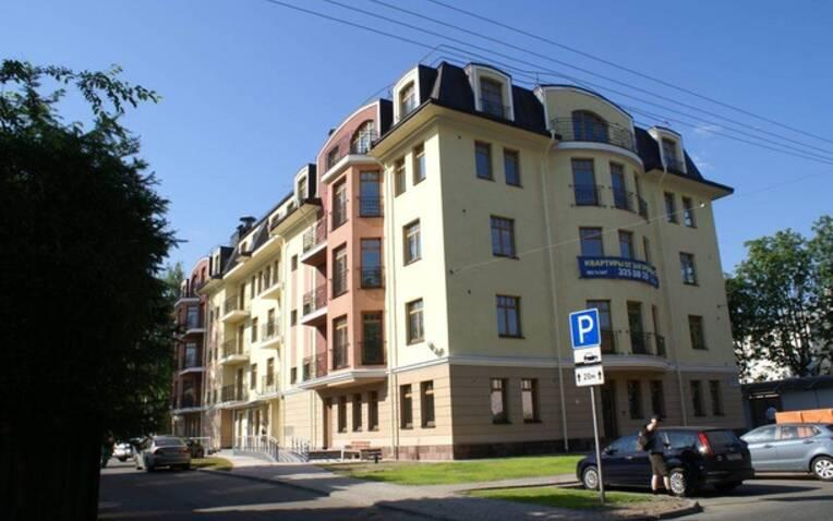 Дом-Мегалит на «Дибуновской», фото 1