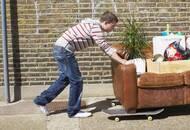 Конец пубертатного периода: что делать с недвижимостью, когда ребёнок, который в ней прописан, достиг совершеннолетия и «многого» хочет от родителей