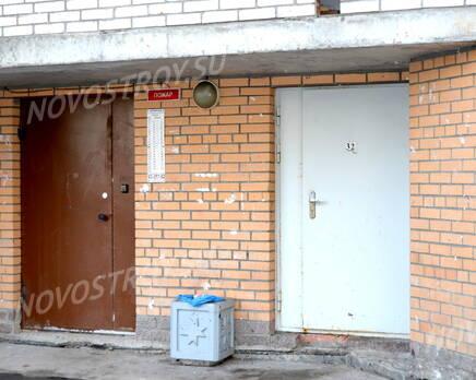 Парадная жилого комплекса «Дом на проспекте Славы» (24.02.2013), Март 2013