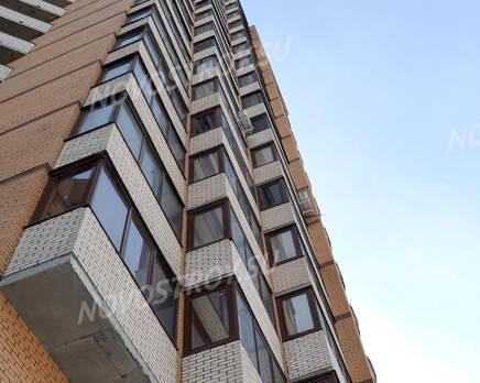 Фасад жилого комплекса «Дом на проспекте Славы» (24.02.2013), Март 2013