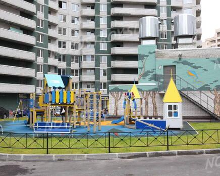 Детская площадка около ЖК «Дом у Речного вокзала», Июль 2013