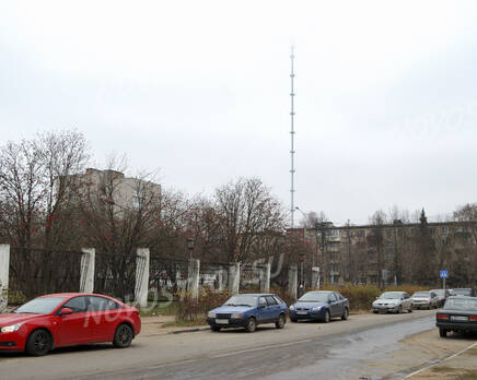 Телебашня недалеко от  ЖК на Заводской ул., д. 3 (24.10.2013 г.), Октябрь 2013