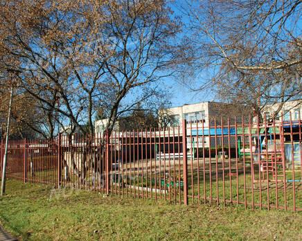 Школа рядом с  ЖК на улице Любого, 11 (24.10.2013 г.), Октябрь 2013