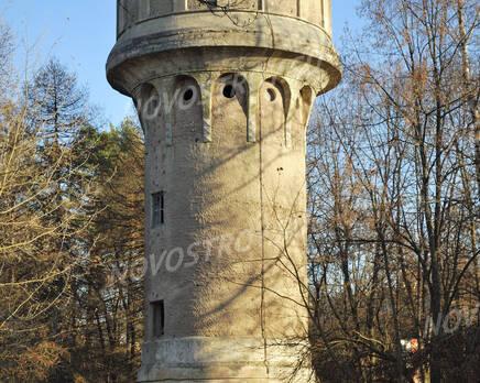 Башня около ЖК на ул. Блохинцева, 12 (24.10.2013 г.), Октябрь 2013