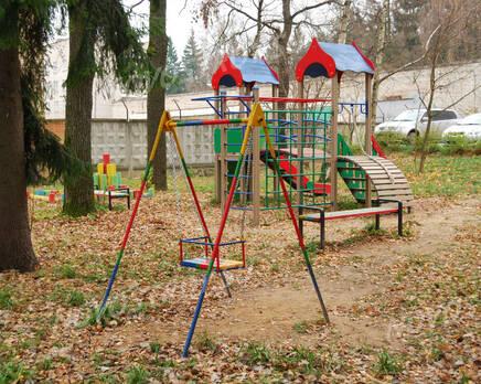 Детская площадка ЖК на ул. Ленина, 91Б (11.11.2013 г.), Ноябрь 2013