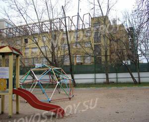 детская площадка около ЖК «Clerkenwell House»