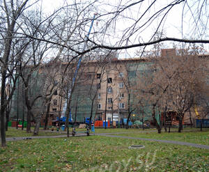 Двор ЖК «Николаевский дом» (01.11.12)
