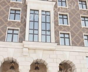 Фасад жилого комплекса «Венеция» (13.03.2013)