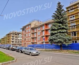 Строительство ЖК «Золотой век» (15.06.2013)