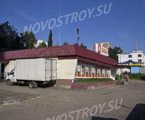 Магазин Дикси рядом с ЖК «На улице Подмосковная, 30,32,33» (20.06.2013 г.)