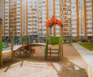 Детская площадка ЖК «Жемчужина Балашихи»  (10.07.2013 г.)