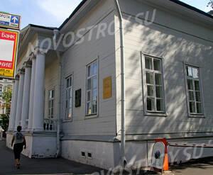 Дом-музей Тургенева около ЖК «Остоженка, 37» (10.08.2013 г.)