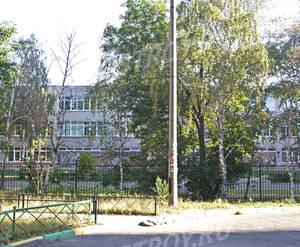 Школа вблизи «Дом на ул. Юбилейной, 26» (11.08.2014)
