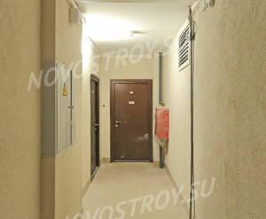 ЖК «Университетский Петергоф»: лестничная площадка 2-ой этаж. 30.01.15