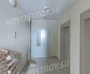 ЖК «Университетский Петергоф»: лифты, площадка 2-го этажа. 30.01.15