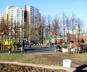 ЖК «Apart Ville Fitness & Spa Resort»: 11.04.2015 - Парк им Святослава Федорова и детский сад