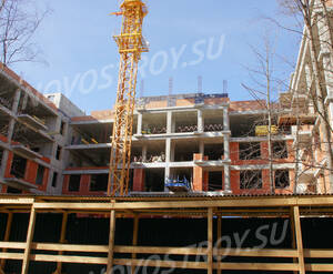 ЖК «Дом на Тихой»: Стройка с фасада. 15.04.2015