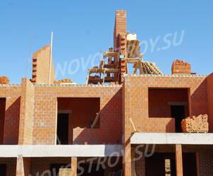 ЖК «Спорт-Таун»: Фрагмент здания. 15.04.2015