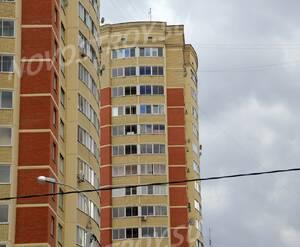 ЖК «Бриз»: 18.04.2014 - Фрагмент верхних этажей строящегося корпуса 2-ой очереди