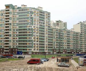 ЖК «Австрийский квартал»: вид с Австрийской ул. (14.06.2015)