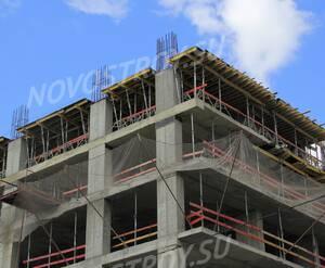 ЖК «Штаб-квартира на Мосфильмовской»: 06.07.2015 - Фрагмент строящегося корпуса