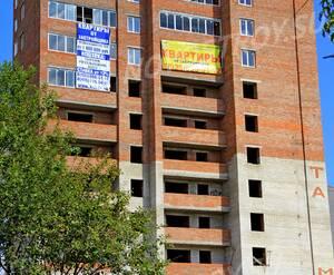 ЖК «Дом на улице Декабристов»: 08.08.2015 - Фрагмент корпуса, средние этажи