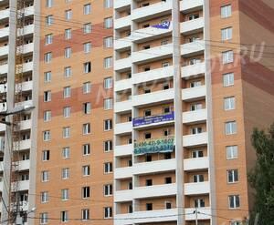ЖК «Дом на улице Вокзальная»: 07.08.2015 - Фрагмент новостройки, средние этажи