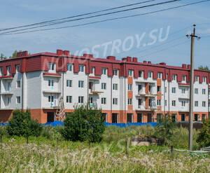 ЖК «Дом в поселке Горбунки»: общий вид (13.08.2015)