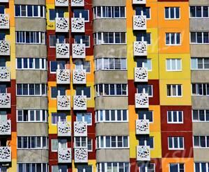 ЖК «Победа»: 24.08.2015 - Фрагмент корпуса, средние этажи фасада