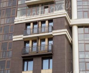 ЖК «Преображенский»: балконы и оконные блоки (05.09.2015)