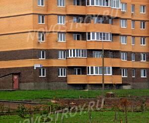 ЖК «Майданово Парк»: 11.10.2015 - Фрагмент построенного корпуса