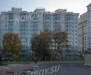 ЖК «Новомосковский»: вид д. 65 кор. 1 от м. Фрунзенская (21.10.2015)