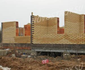 Малоэтажный ЖК «Рузский берег»: Фрагмент одноэтажного корпуса. 10.04.2016