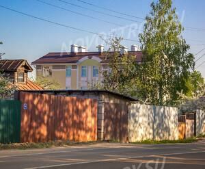 Малоэтажный ЖК «Виндава»: Вид на корпус с улицы Станционная