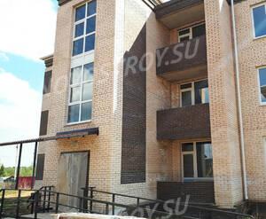 Малоэтажный ЖК «Борисоглебское»: фрагмент фасада (фото из группы «Вконтакте»)