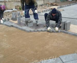 МФК «ТехноПарк»: укладка тротуарной плитки