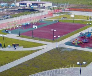 Малоэтажный ЖК «Малая Истра»: детская и спортивная площадка на территории комплекса (фото из группы «Вконтакте»)