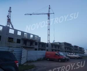 Малоэтажный ЖК «Новый Петергоф»: ход строительства корпуса 4.2 из группы дольщиков