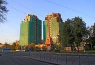 В ЖК «Barkli Residence» идет внешняя отделка стен