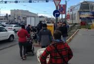 Жители проспекта Маршала Блюхера требуют благоустройства