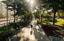Жителям городов не хватает парковок и спортивных площадок: «подвижки» в благоустройстве заметили менее трети россиян