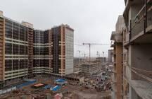Более тысячи дольщиков скандального ЖК «Материк» получат ключи от квартир: «Петрострой» сдал еще две секции в проблемном проекте
