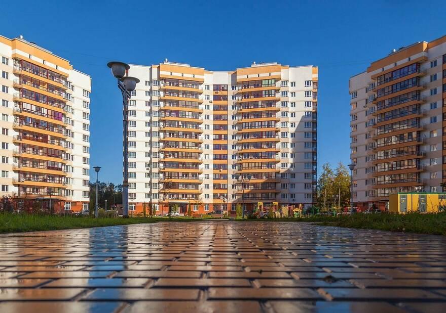 За 5 месяцев ввод жилья в России вырос почти на четверть