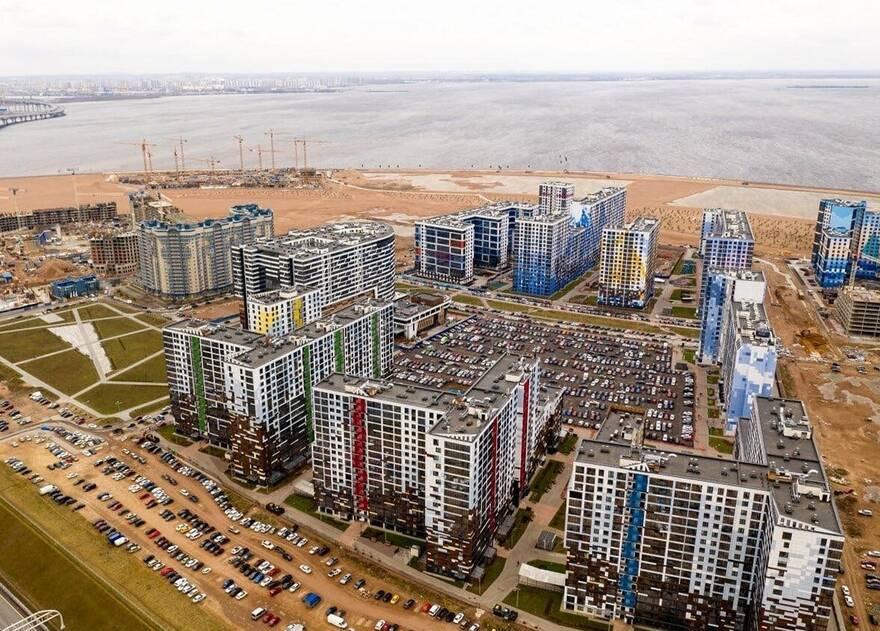 На намыве Васильевского острова построят 9 детских садов и 6 школ, но придется подождать